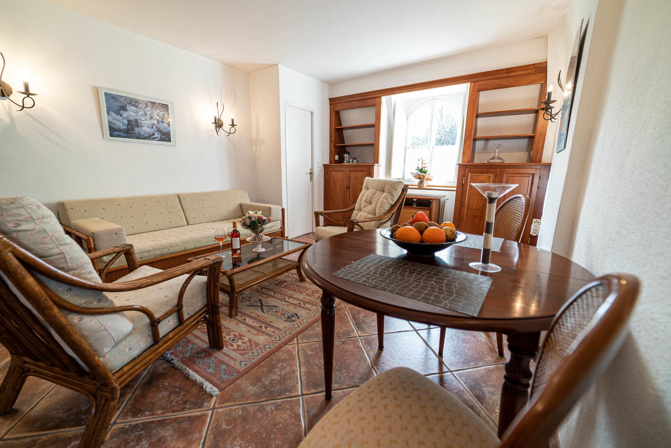 Salon suite nuptiale chateau Rauly location bergerac Monbazillac