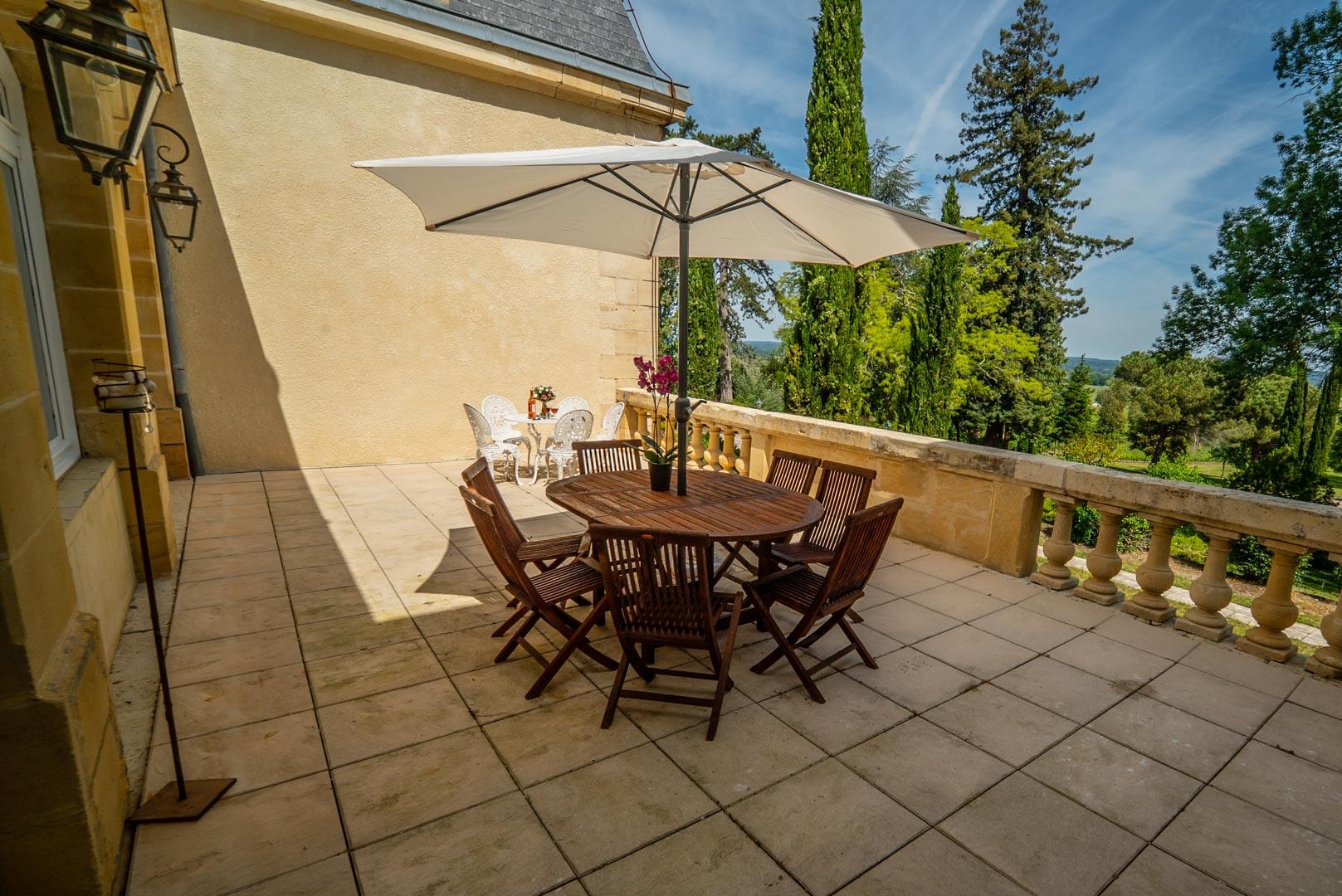 Exterieur Chateau Rauly location bergerac Monbazillac