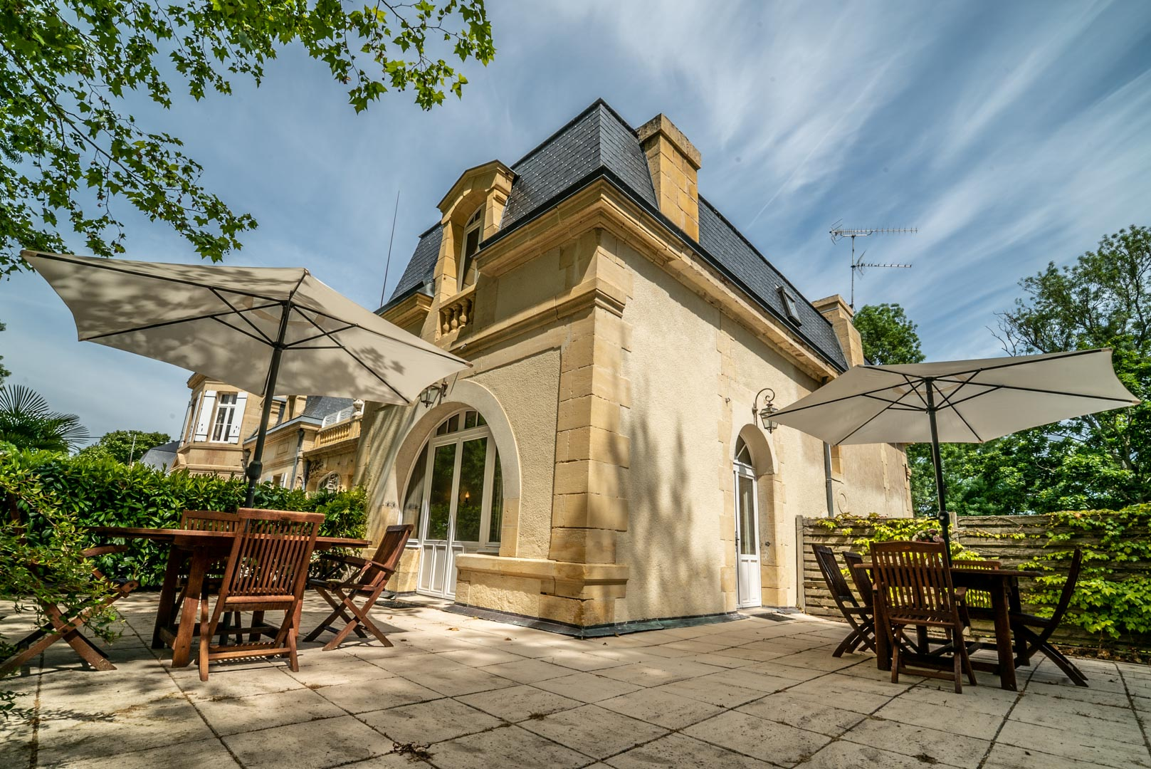 Suite Pécharmant Terrasse Chateau Rauly location bergerac Monbazillac