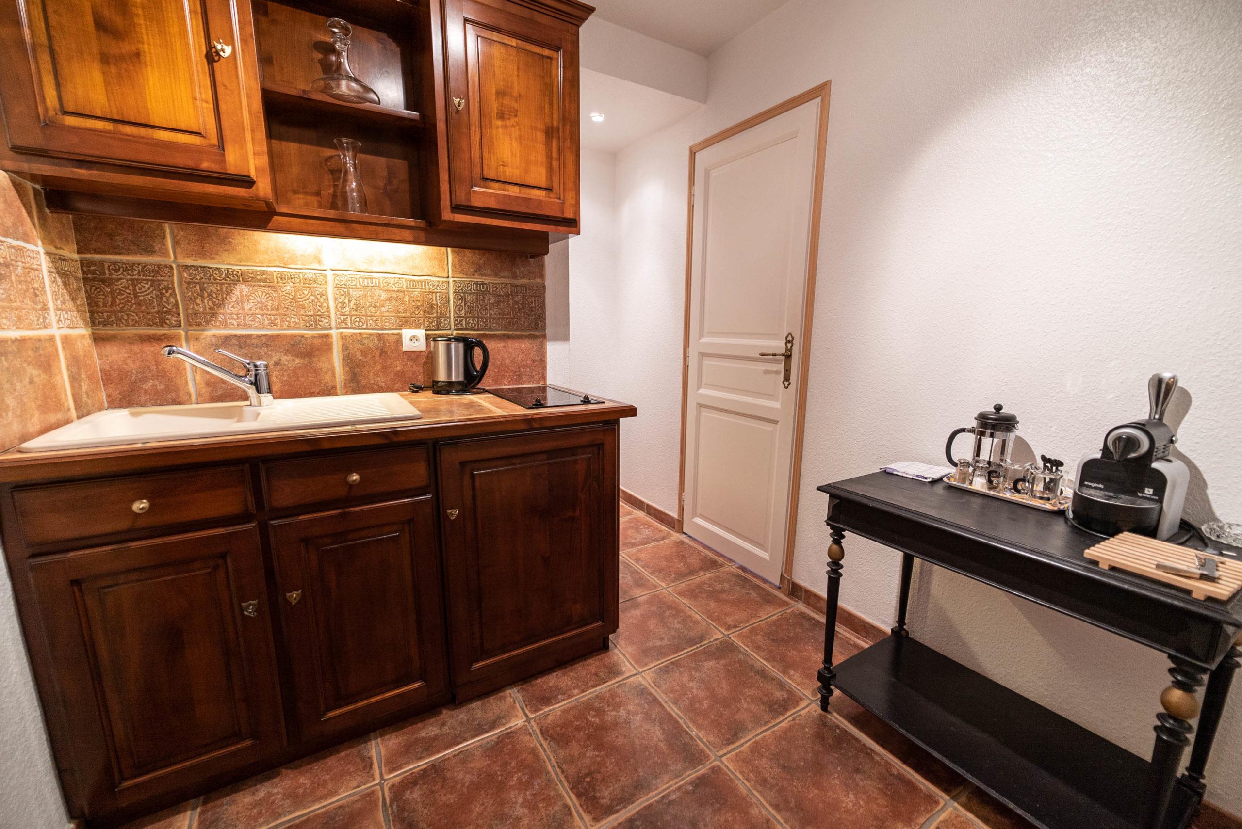 Suite du marquis Cuisine chateau Rauly location bergerac Monbazillac