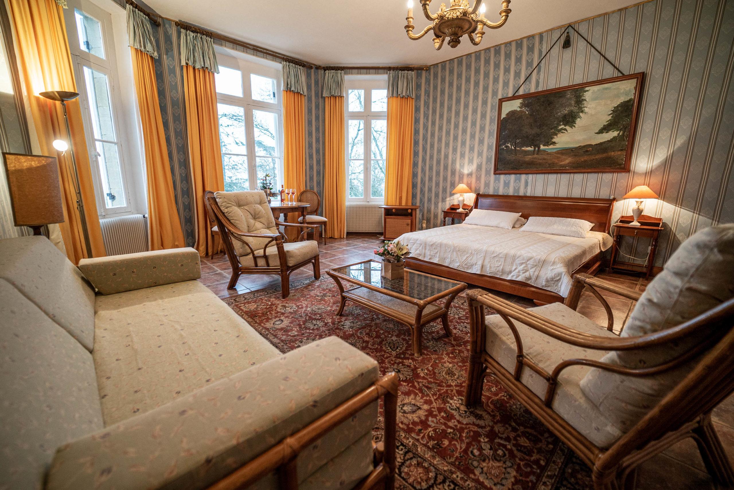 Suite du marquis chambre chateau Rauly location bergerac Monbazillac