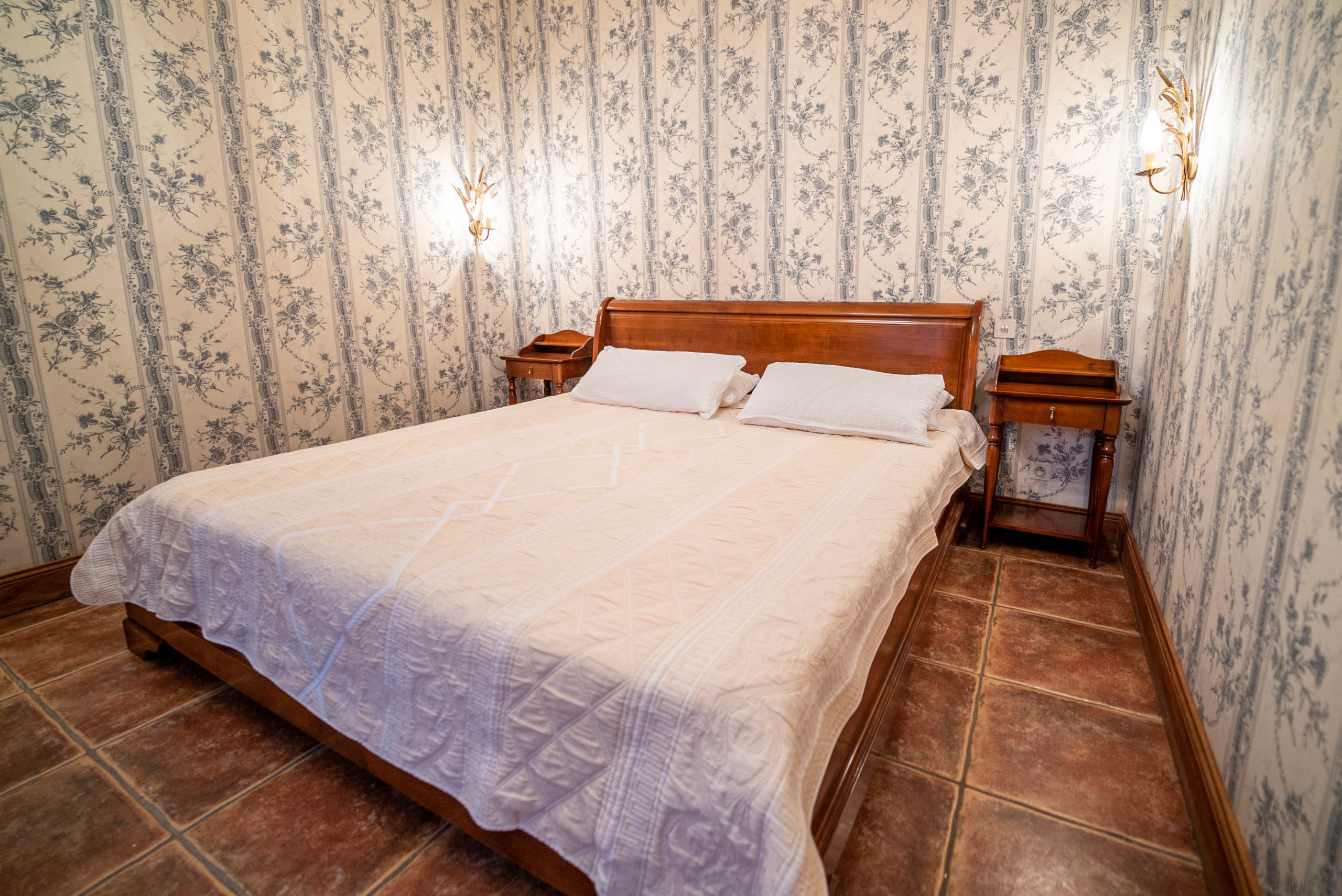 Chambre suite marquise chateau Rauly location bergerac Monbazillac
