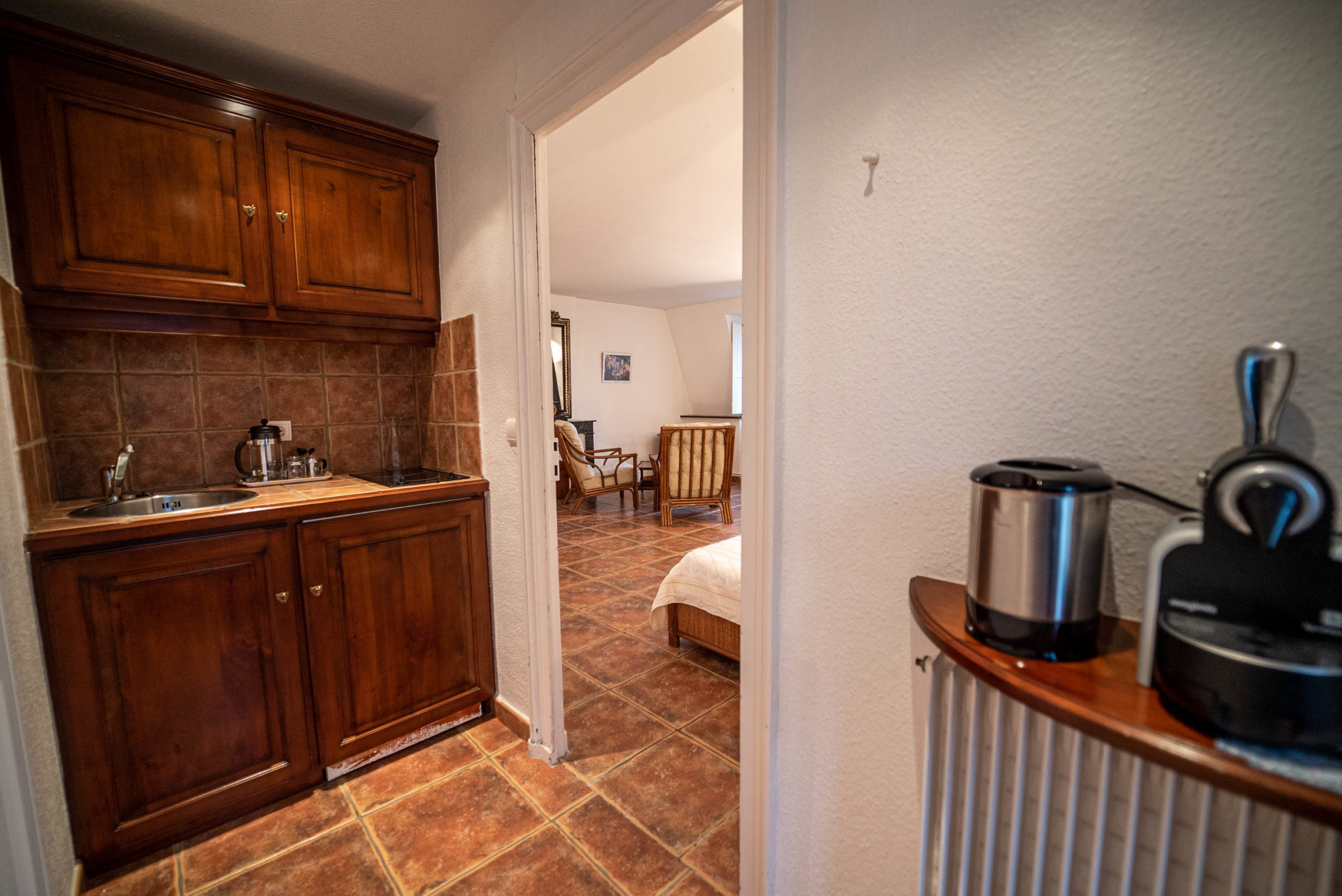 Cuisine Chambre des convives chateau Rauly location bergerac Monbazillac